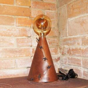 Лампа светильник из натуральной кожи