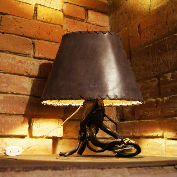 Абажур для лампы кожаный на заказ
