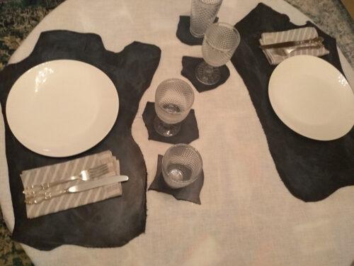 Сервировка стола гостиной