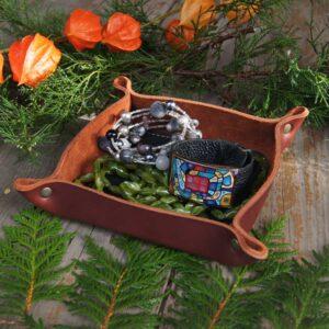 Кожаный лоток для украшений мелочей