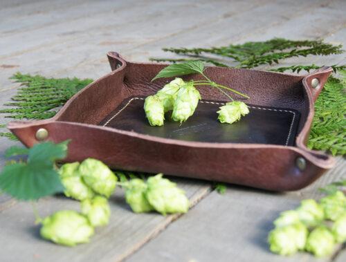 Кожаный лоток тарелочка для мелочей и украшений