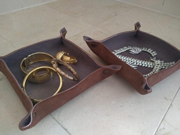 Кожаная тарелка подставка для мелочей украшений
