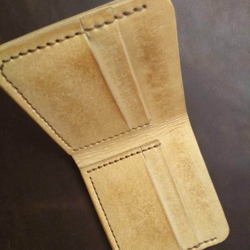 Кожаный бумажник Kemms Design