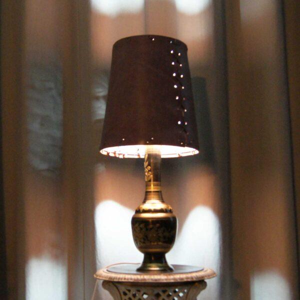 Настольная лампа Дели