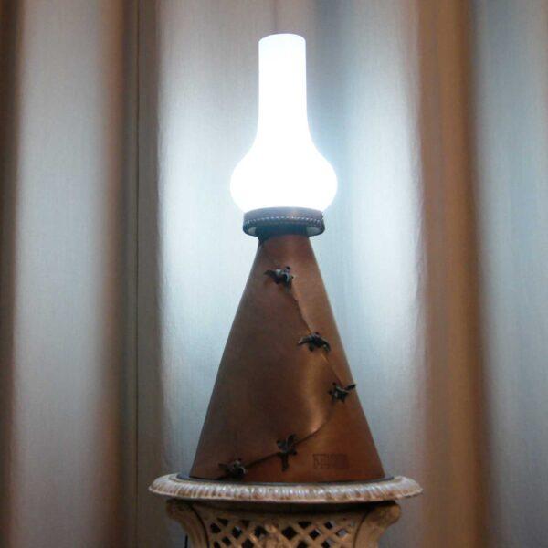Светильник кожаный Винтаж
