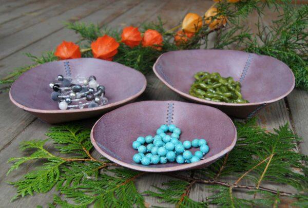 Кожаные декоративные тарелочки купить