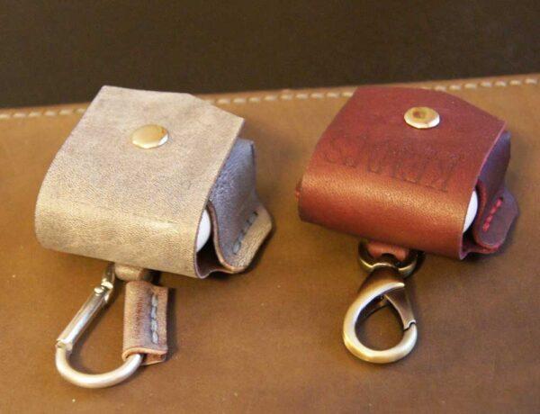 Чехлы кожаные для наушников airpods
