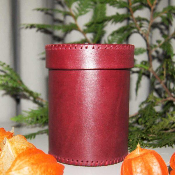 Кожаный стакан с крышкой