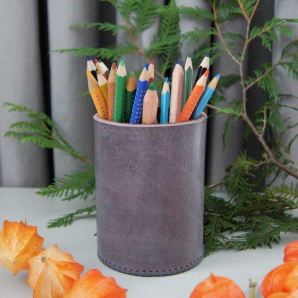 Кожаный стакан для карандашей