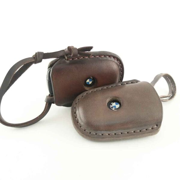 Кожаные чехлы для ключей
