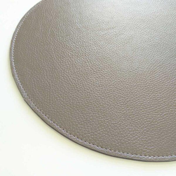 Кожаная салфетка для стола круглая